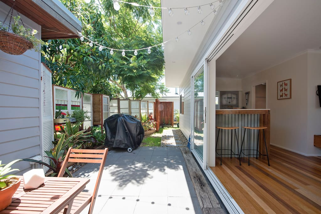 Nothing better than a BBQ in our patio area. The unique old window fence gives complete privacy.
