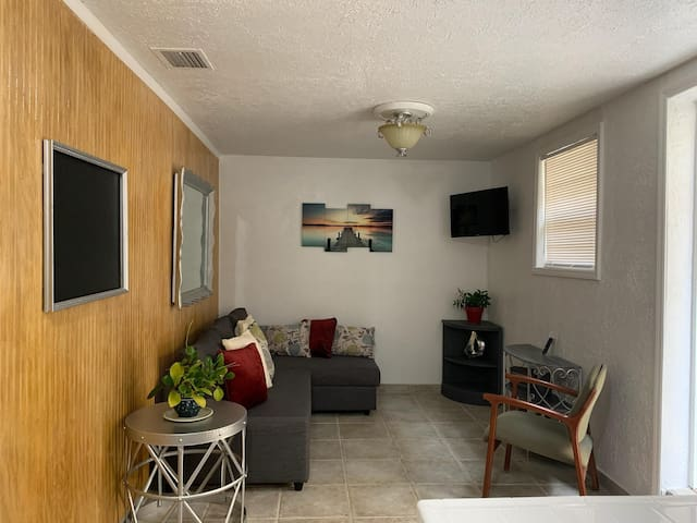 One bedroom apartment within the heart of Miami