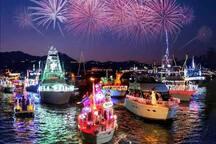 Newport Beach annual boat parade