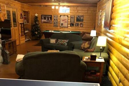 Fox Valley Home. Packer Games, EAA, Marathon.