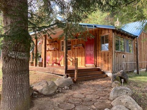 Lamb Creek Retreat. Off-grid adventure & rest.