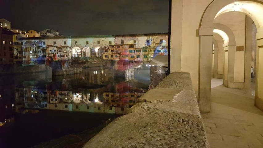 Three minutes walk: Ponte Vecchio with special lights