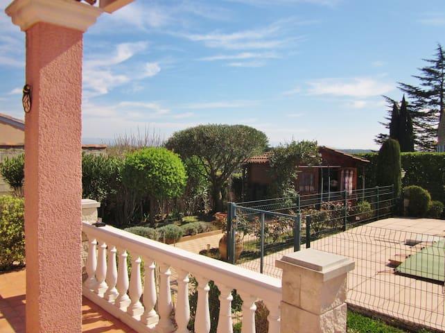 Bienvenue au hameau provençal