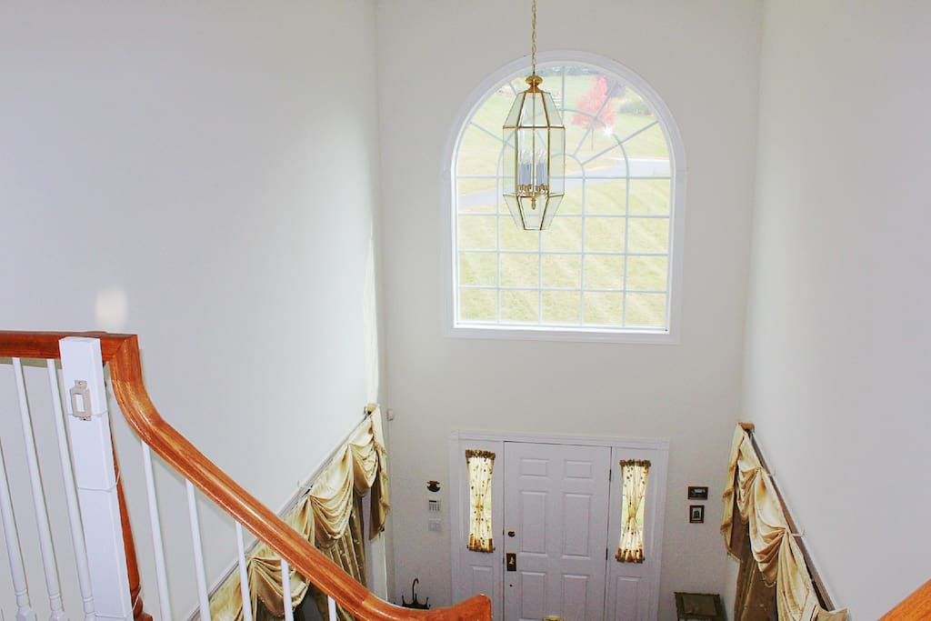 Front foyer from upstairs!
