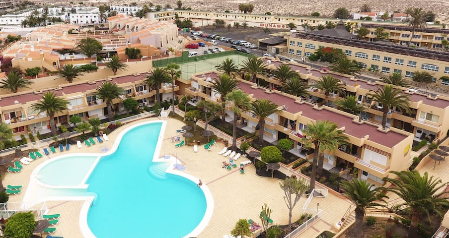 Corralejo Tropical 1 Dunes Apartment with Pool