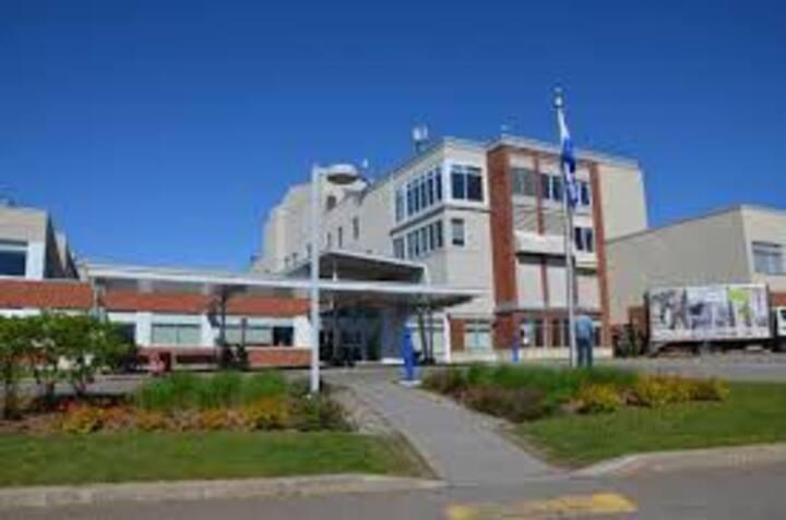 Logement près de l'Hôpital Laurentien