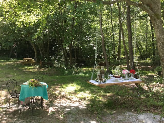Elope To Tennessee - Private Campground Ceremony