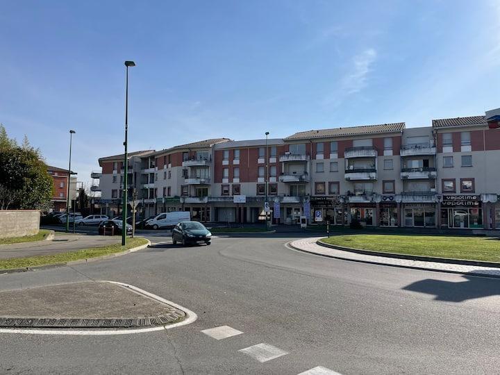 Agréable T3 avec terrasse centre ville Cugnaux