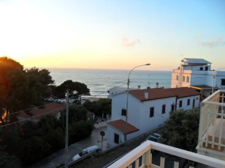 San Menaio a 250 metri dal mare per 5/6 persone