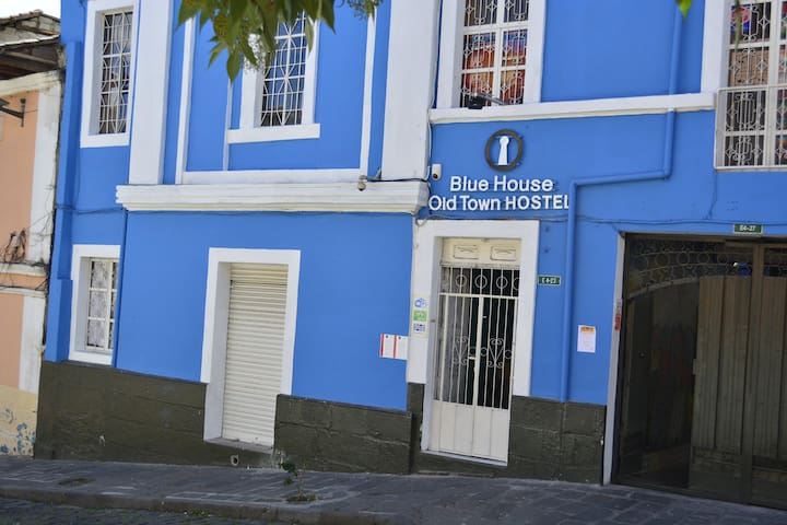 BLUE HOUSE OLD TOWN