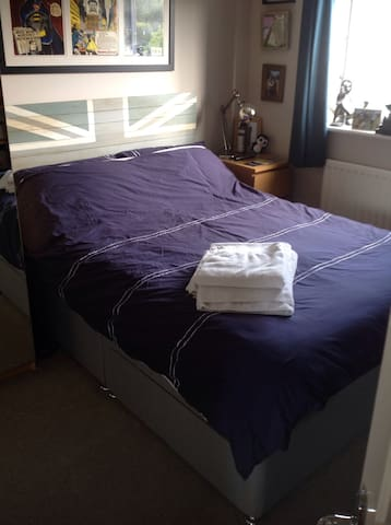Double bedroom in Alverstoke (N) - Gosport - House