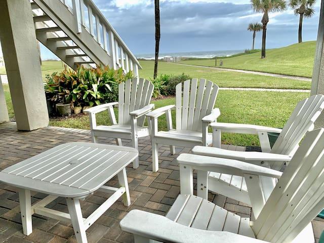 Oceanfront Surf Villa