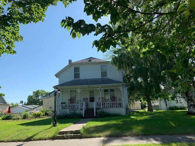 Carol Ann's Cottage 1, Lakota, North Dakota