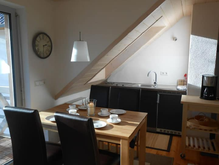 Lautertal Zinne, (Hayingen), Ferienwohnung  ZINNE, 50qm, 2 Schlafzimmer max. 4 Personen