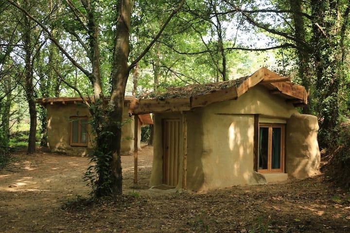 """Eco Tiny house """"Pisco"""" @ XVIII century eco-farm!"""