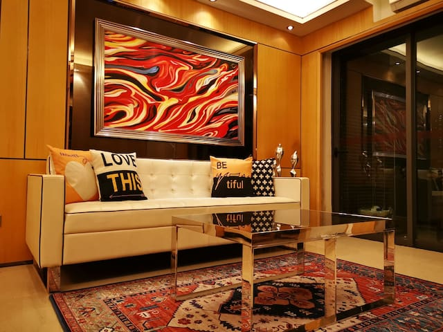 【石隐•舍居】现代风格阳光公寓 七星岩 工商学院 东门广场 北岭山 邻近