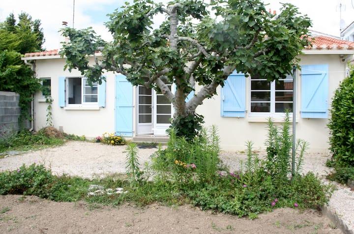 Petite maison typique sablaise