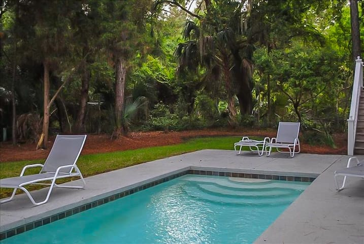 Kiawah Home with Private Pool, & Screened Porch