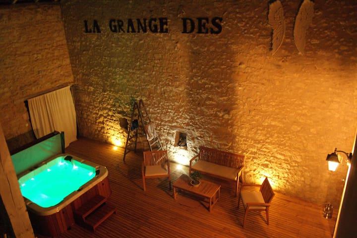 Gîte de charme 4 étoiles en Périgord avec jacuzzi