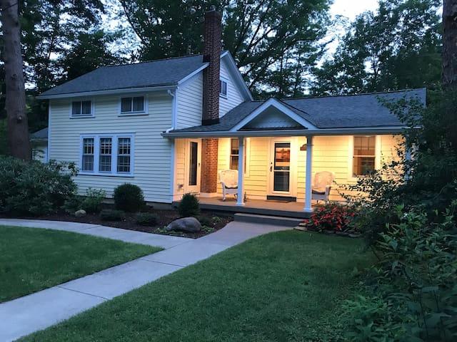 Clarksburg Cottage