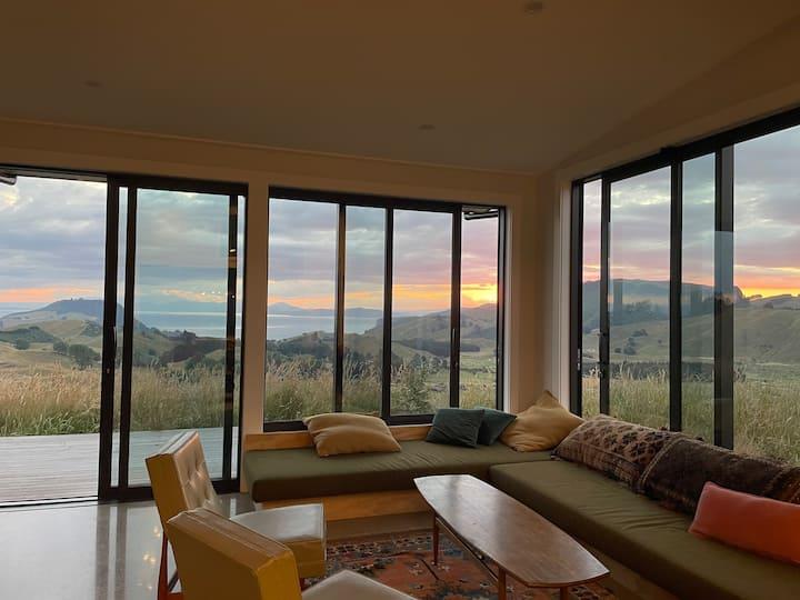 Dreamy sunsets over Lake Taupo & Ruapehu
