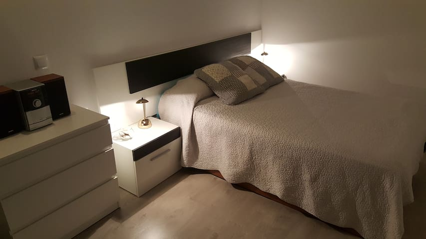 DOUBLE PRIVATE ROOMS, 15`BCN