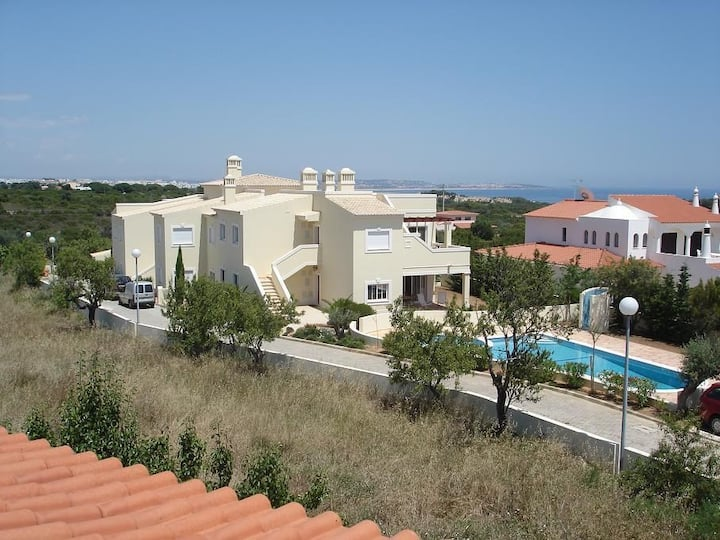 Luxueus appartement+pool +WiFi, Praia da Marinha