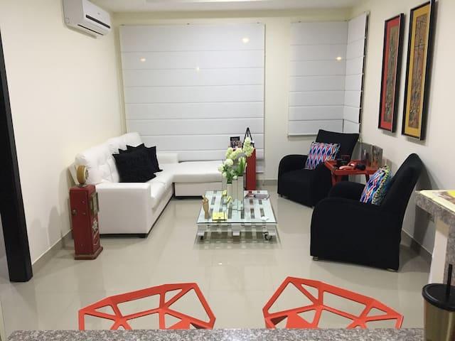 Departamento en Samborondón - Samborondón - Apartment