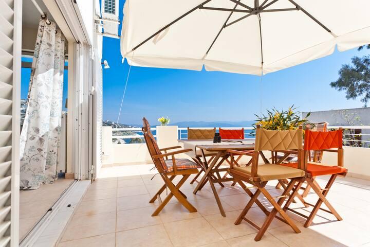 Seafront luxury apartments Marathon - Dikastika - Apartment