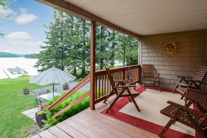 Family-friendly, lakefront home w/ dock, deck, & views - dogs welcome, too!
