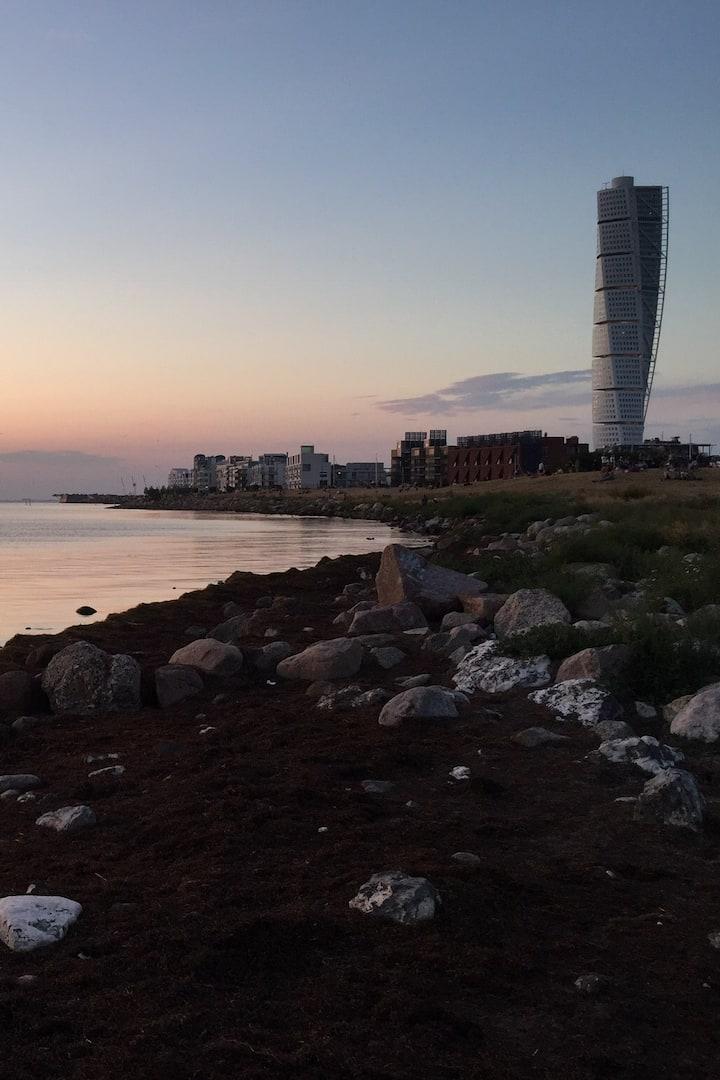 Ribban beach and Turning Torso
