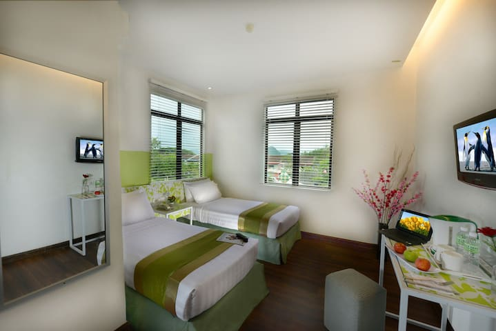 Room at center of Kuah town - LK - Langkawi - Andere