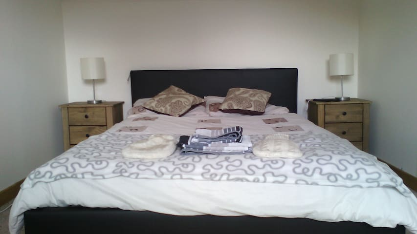 Double room for the single traveler - Aviemore - Hus