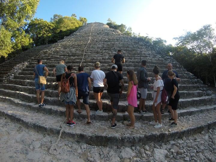 climb Coba pyramide