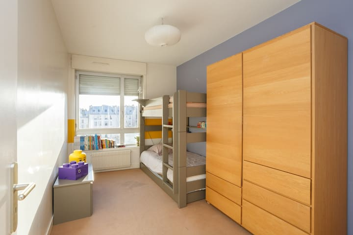 One bedroom - Modern apt - 5' from Champs Elysees