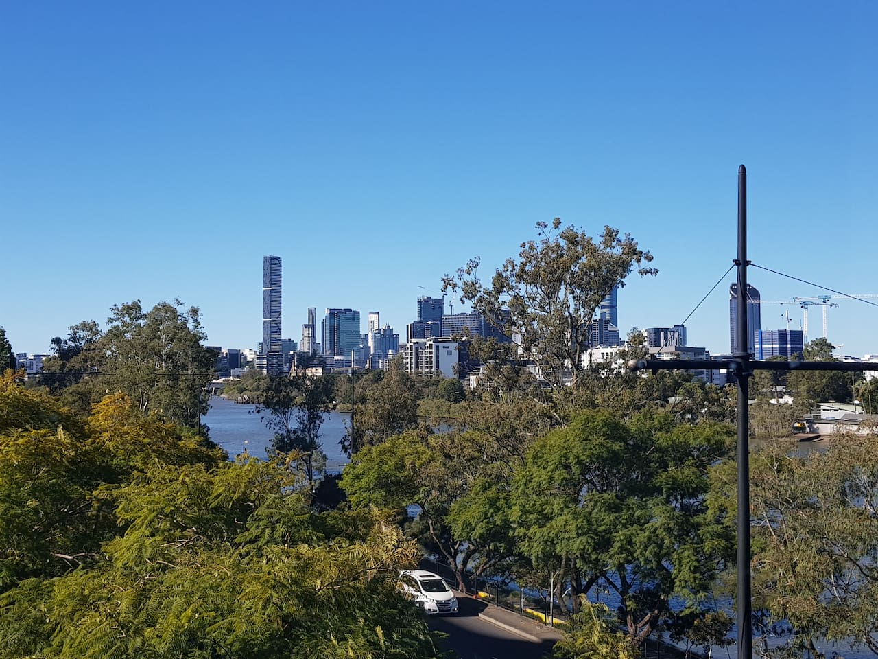 The magnificent view of the city skyline and Brisbane river