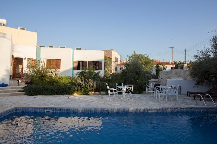 Meleni Cottage Houses 2 Bedroom Apartment Near Sea