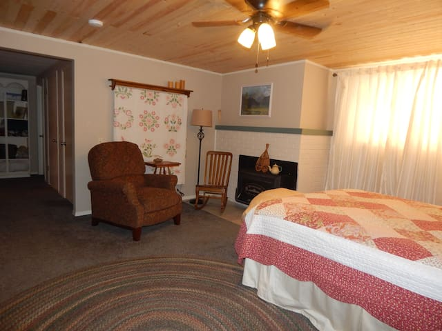 Central Washington Guest House