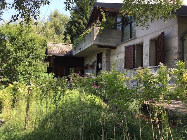 Lago di Como: casa vacanza - Zelbio - House