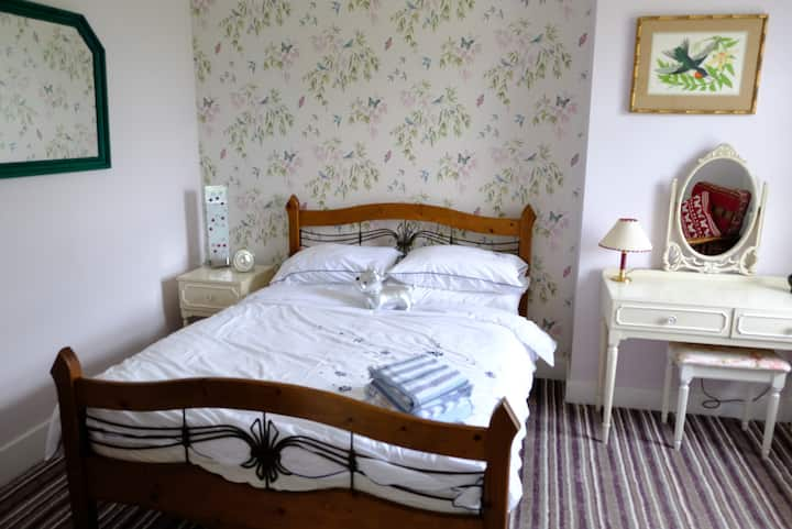 Meadowlea House Bed and Breakfast