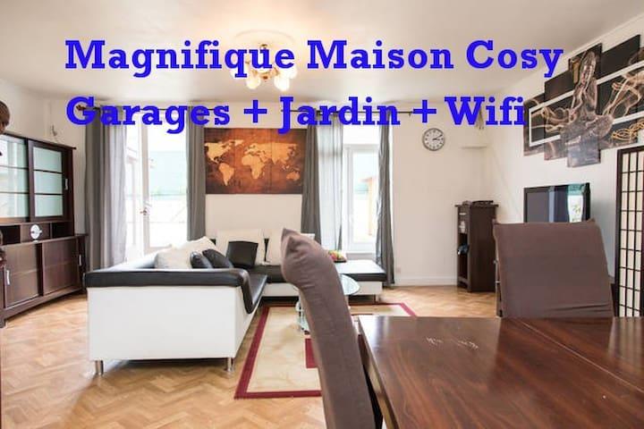 Magnifique Maison Tours & Châteaux de la Loire - Tours - Hus