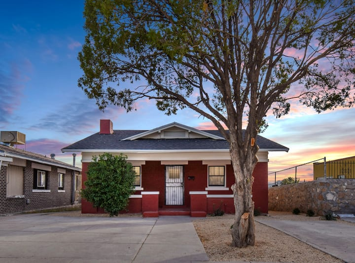 Central El Paso, Renovated Home w/ Historic Charm!