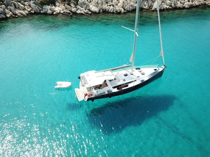 Kekova Sailing Yacht Charter with Skipper and chef