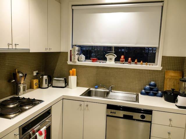 Stylish 2-bedroom apartment - Brunswick East - Brunswick East - 公寓