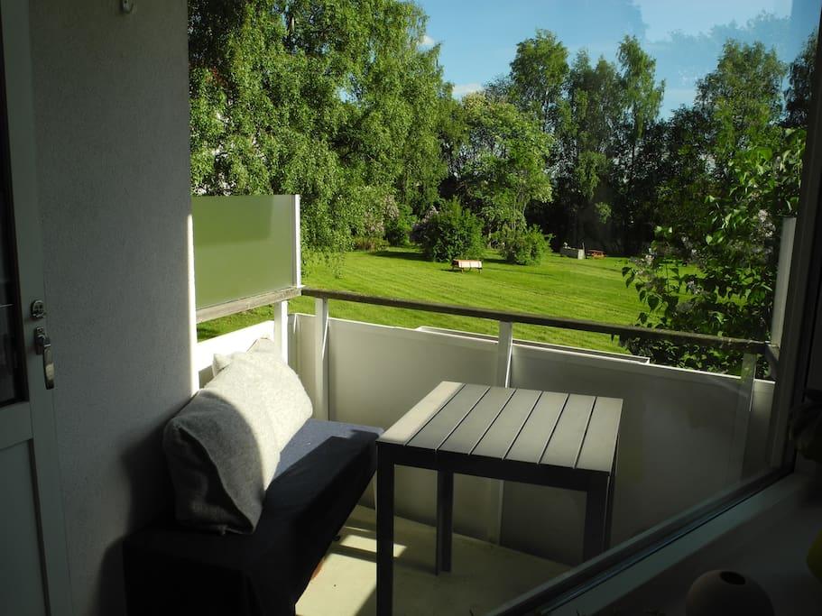 Balcony facing quiet garden & views to the Oslofjord.