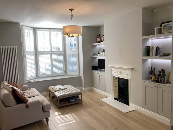 Newly Refurbished Clapham Garden Apartment