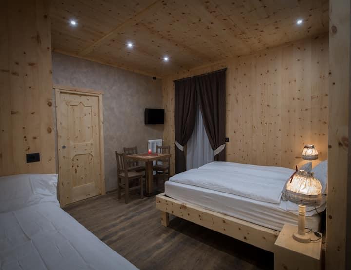 Suite a 3 km da Bormio in  splendido Chalet
