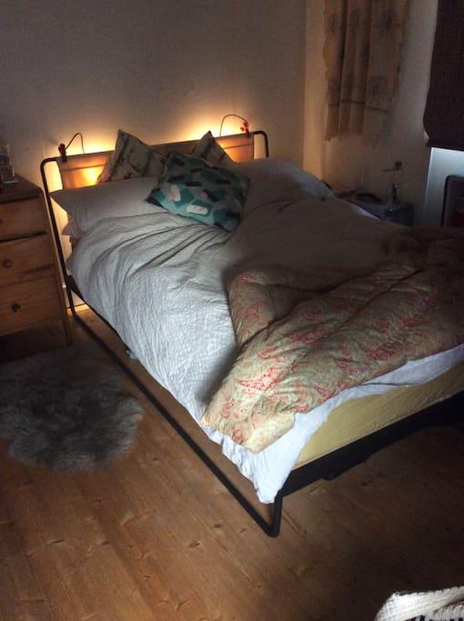 Double bed, eiderdown duvet.