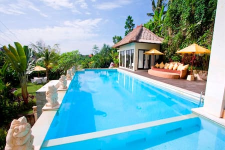 4bedroom villa ungasan with big swimming pool