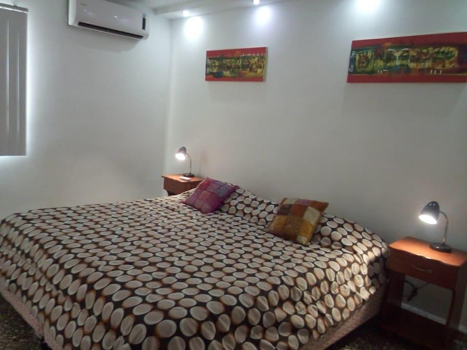 Habitación King doble confort, climatizada